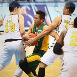 Tams� late charge silences Tigers for 1-0 Finals lead