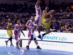 UAAP 78: Daquioag attack underneath with a reverse lay-up