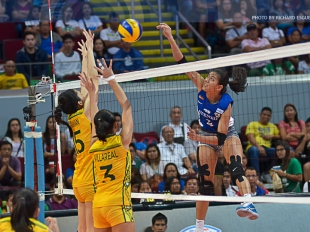 UAAP 78 WV: Alyssa Valdez with a hangtime spike!